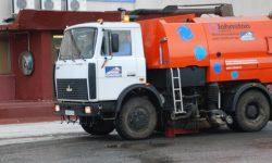 Очистка дорог вакуумно-подметательной машиной: 48 маш. /час